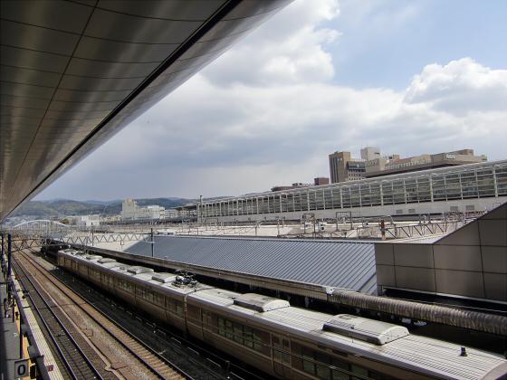 京都駅のホームなど02