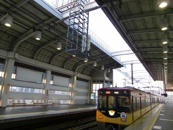 京阪の寝屋川車庫へ16