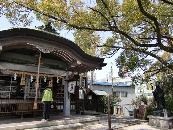三光神社の桜2013-04