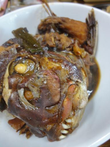 鯛のアラ炊き!