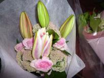 P1010432_convert_20110828011945信子姉から花束