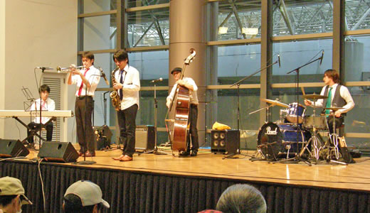 Swing Jazz Cruise in KOBE HARBORLAND 2010(2)-1