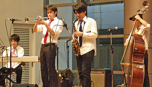 Swing Jazz Cruise in KOBE HARBORLAND 2010(2)-2