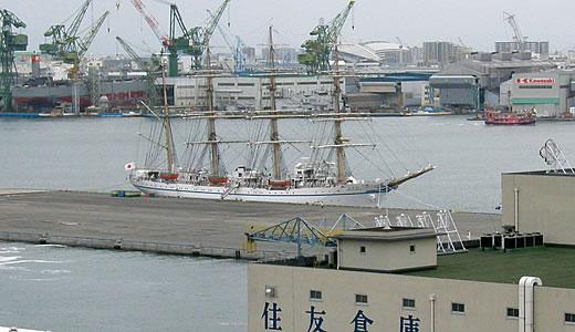 日本丸神戸港に停泊中-2
