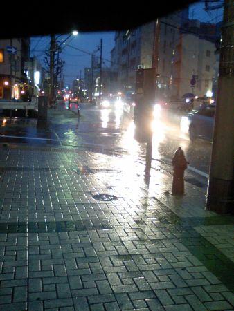えらい雨や