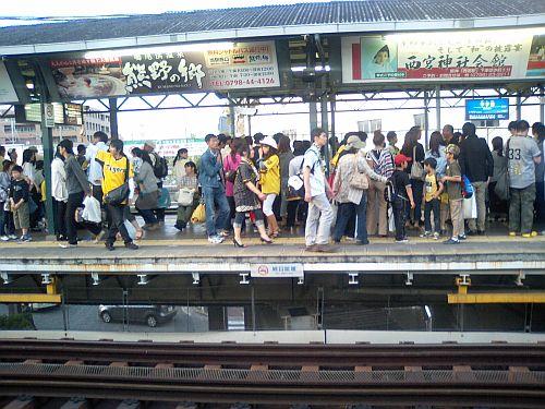 阪神電車甲子園駅