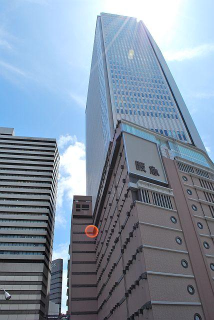 阪急百貨店の旧館も取り壊されました。