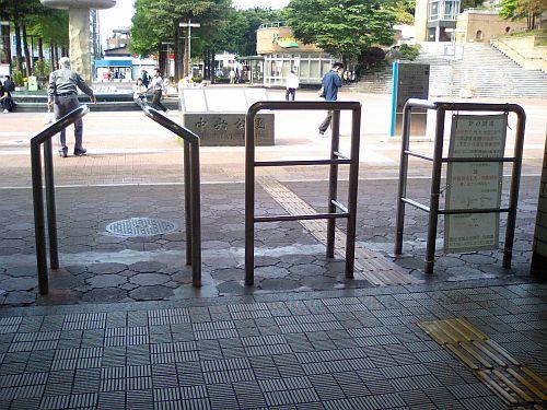 阪神尼崎駅構内へ入り口