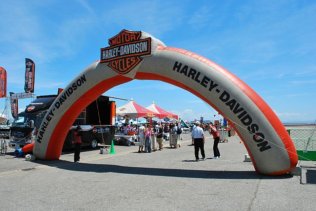 ハーレーの展示・即売会がありました。