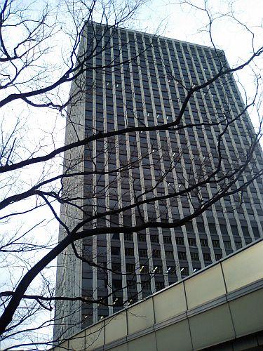 梅田・大阪駅前第三ビル