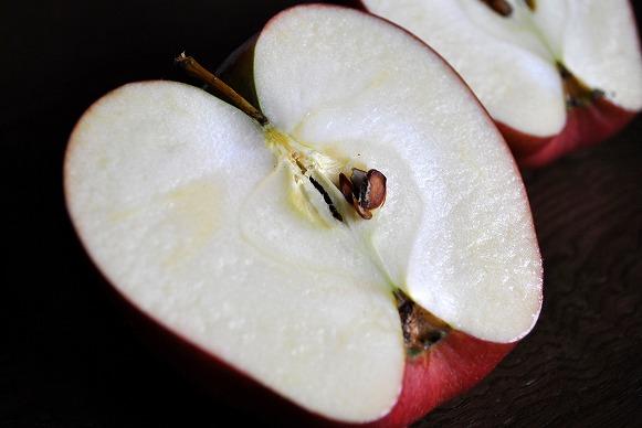 黒りんご5