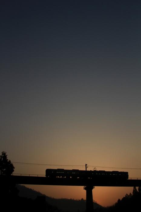 13.03.09 うっすら朝焼け 下山~和知 223