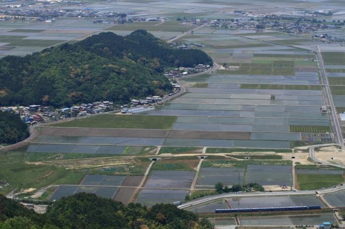 13.05.25 繖山大俯瞰3 EF65+12 安土~能登川 70-300F4-5.6L