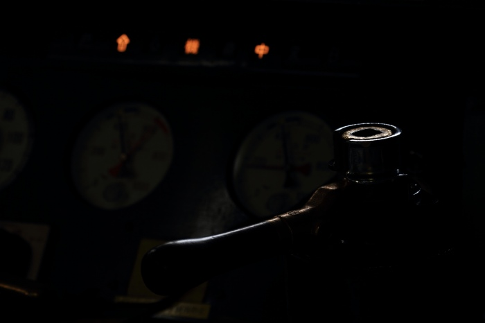 13.09.07 魅惑のブレーキハンドル 広島駅キハ47系車内 70-300f4-5.6L