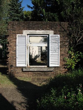 不思議な窓