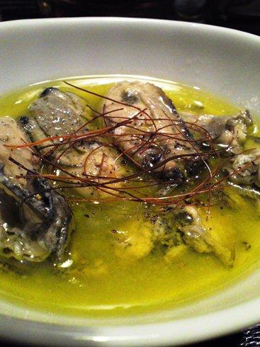 4牡蛎のオイル漬け