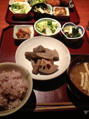 えみちゃんご飯
