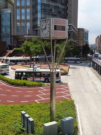 川崎駅西口の時計1