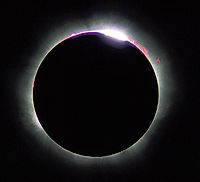 200px-Solar_eclips_1999_6.jpg