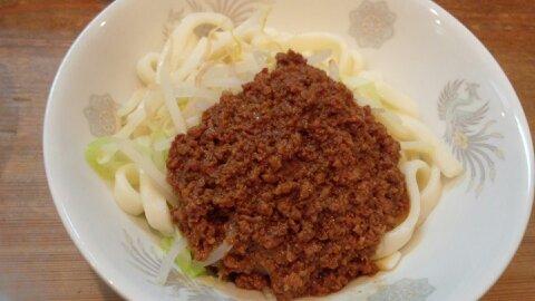 餃子苑ジャージャー麺①