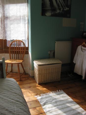 bedroom2_convert_20100928201235[1]