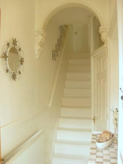 hallway+2-2.jpg