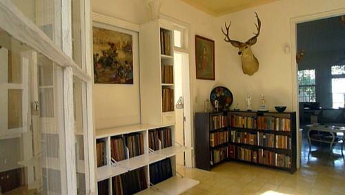 ヘミングウェイの書斎の一つ