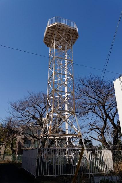 神奈川県営柏尾団地の給水塔全体