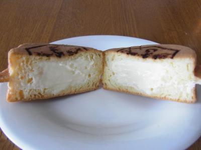 花めぐみ(はちみつ焼き(クリームチーズ)カット)