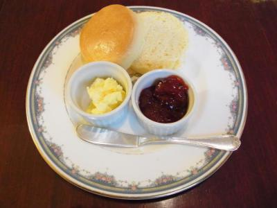 Benois(Afternoon Tea Set(中断・スコーンプレーン))