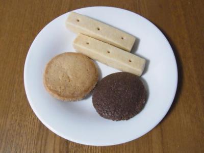 Maison romi-unie(ショートブレッド¥120・クッキー¥70・クッキー(チョコ)¥70)