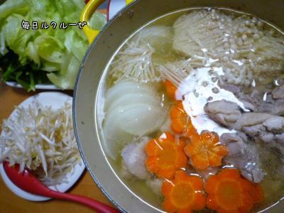 鶏とレタスの鍋