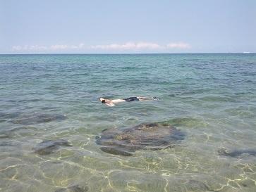 海で浮かぶ