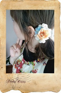 s-お花畑ヘアゴム着画