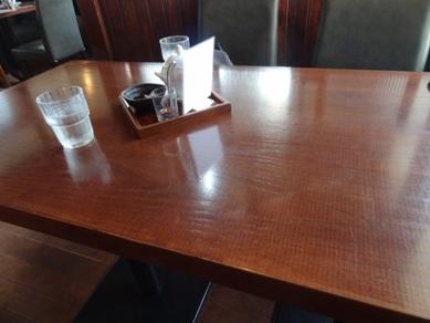 テーブル付近の様子