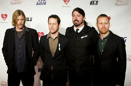 800px-Foo_Fighters_2009.jpg