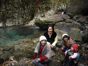 20121107滝壺入り
