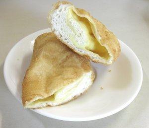 チーズパン(半分)
