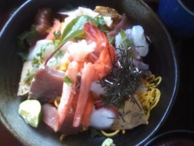 海鮮丼 1