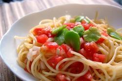 w冷たいトマトパスタそら豆