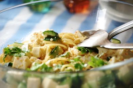 豆腐ときゅうりのパスタ -w