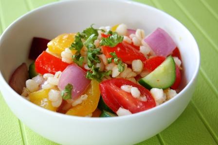 麦とカラフル野菜のクミンサラダ w
