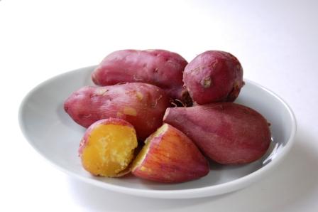 ふかしイモ w