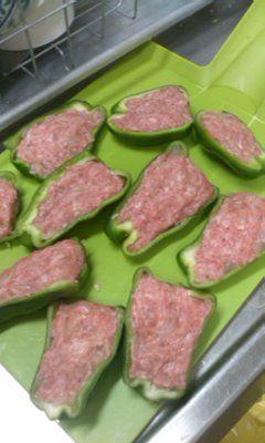 食-ぴー肉詰め