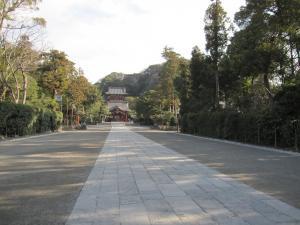 早朝の鶴岡八幡宮