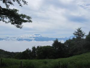 帯那山 富士遠景