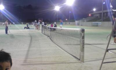 テニスはナイター