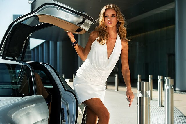 Transformers-Dark-of-the-Moon-Rosie_Huntington-Whiteley-8.jpg