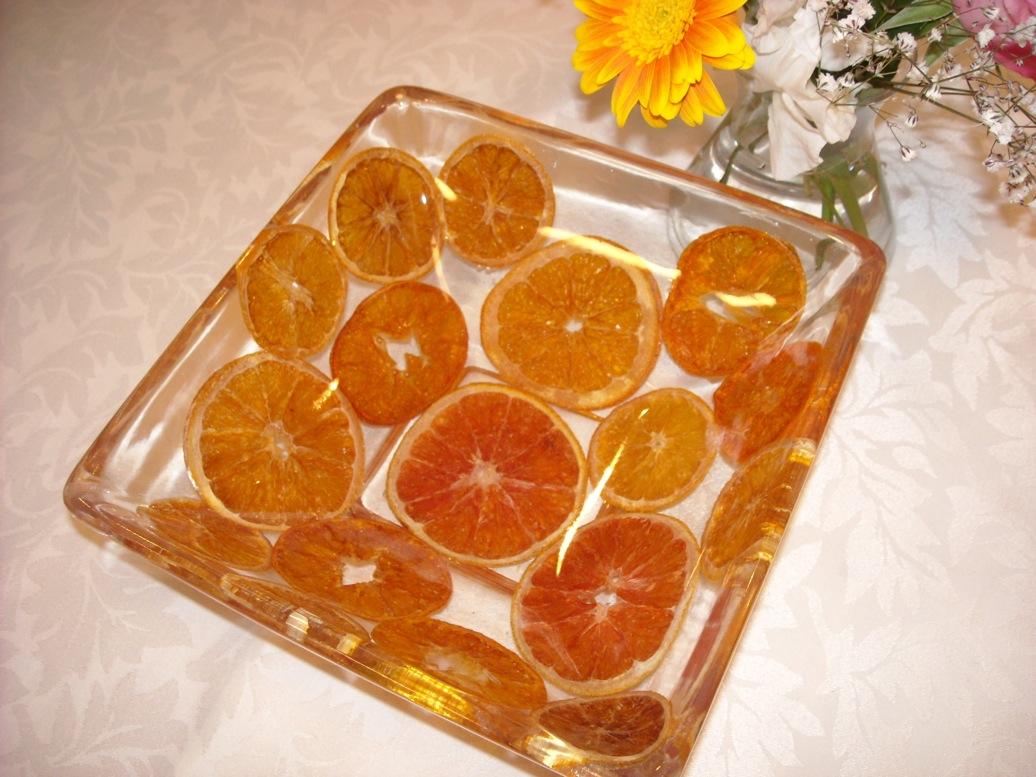 オレンジ皿花