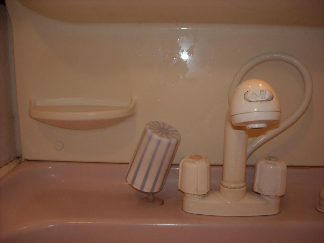 2階洗面棒コップ